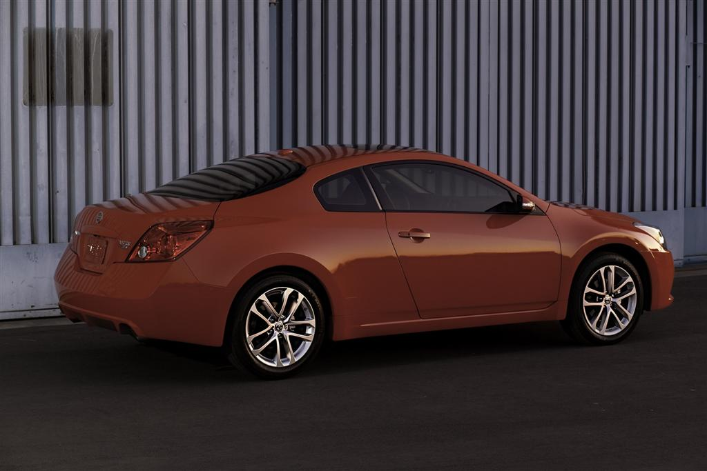 2010 Nissan Altima News And Information Conceptcarz Com