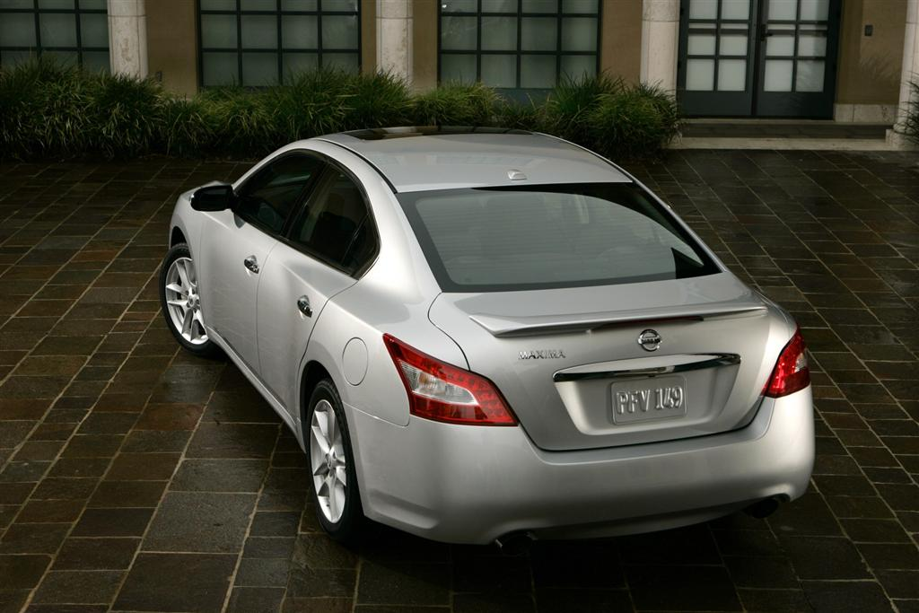 Nice 2010 Nissan Maxima