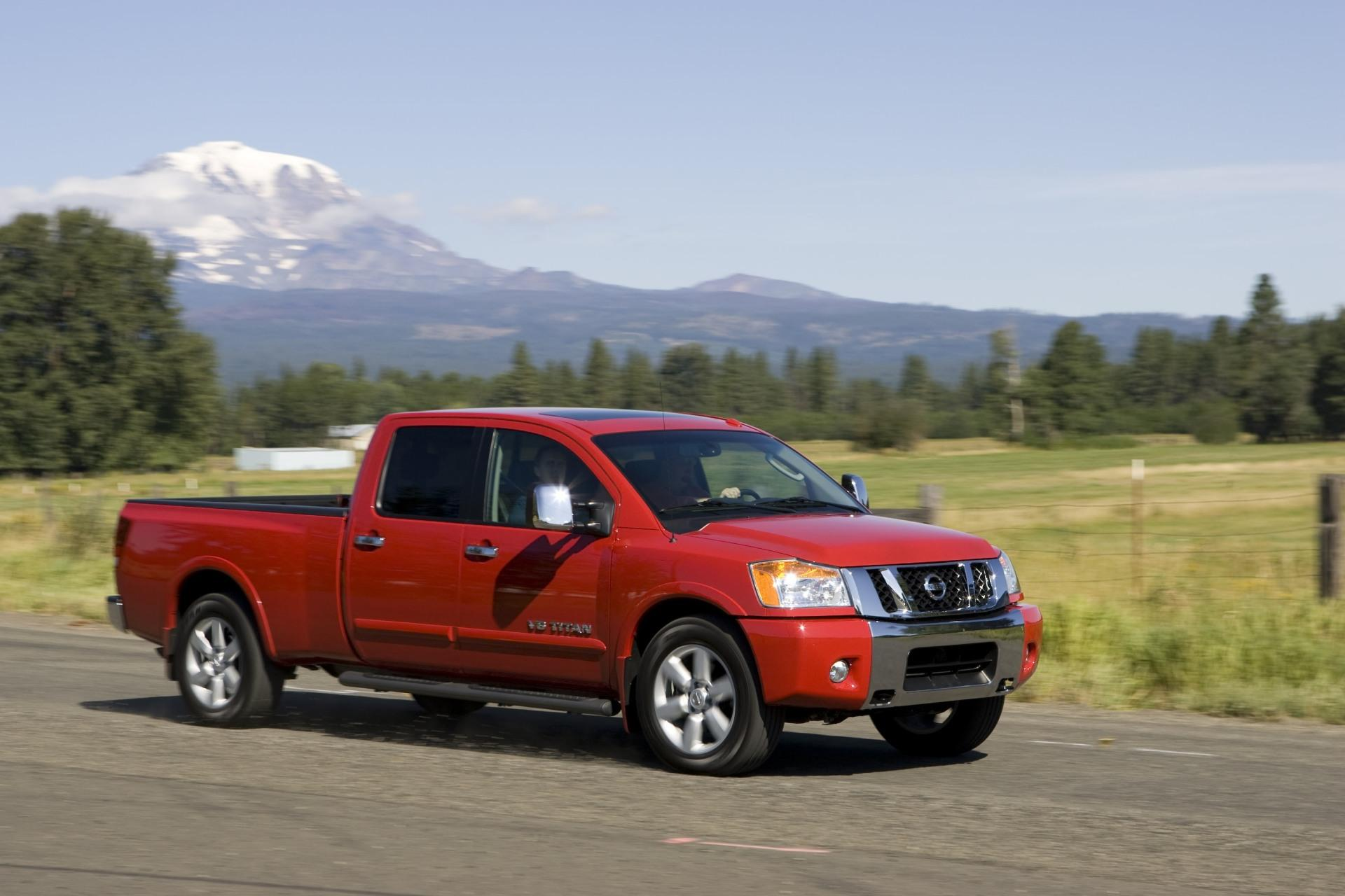 2010 nissan titan news and information. Black Bedroom Furniture Sets. Home Design Ideas