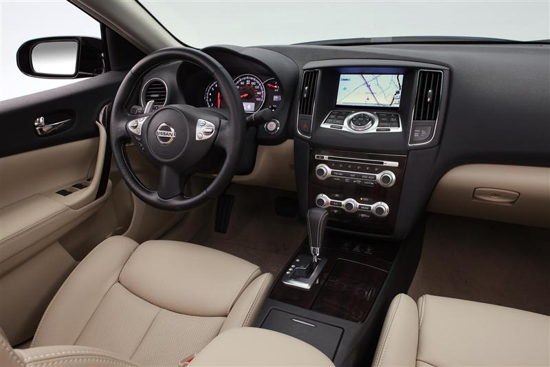 2012 Nissan Maxima Image. Photo 1 of 56