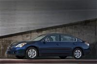 Nissan Altima Monthly Sales