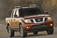 2013 Nissan Frontier image.