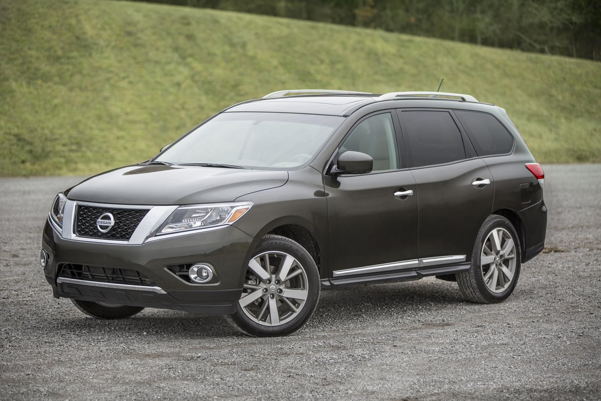 2016 nissan pathfinder news and information. Black Bedroom Furniture Sets. Home Design Ideas