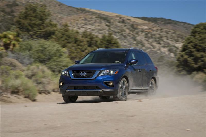 Nissan Pathfinder pictures and wallpaper