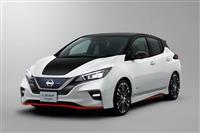 2018 Nissan Leaf NISMO Concept image.