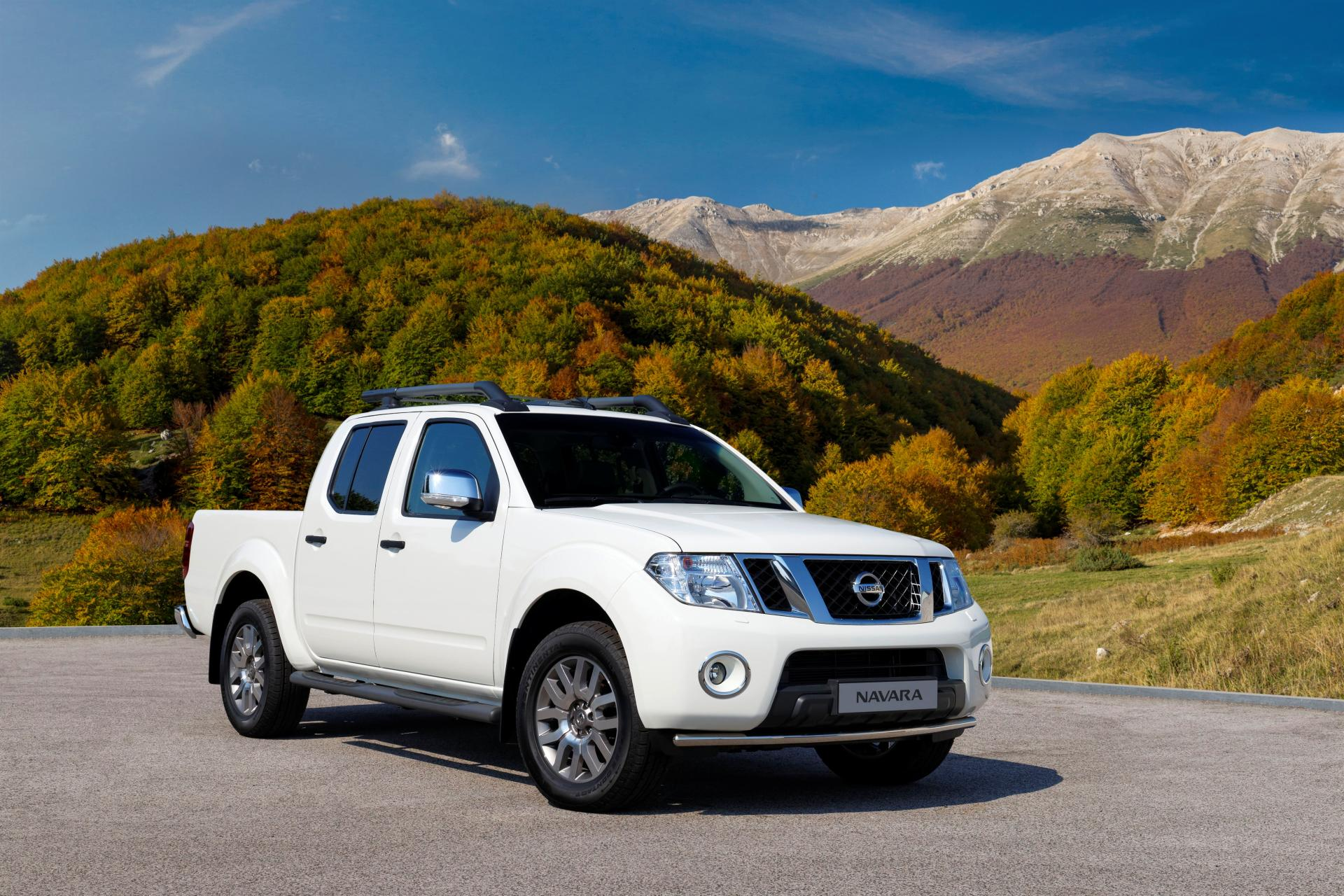 2014 nissan navara news and information. Black Bedroom Furniture Sets. Home Design Ideas