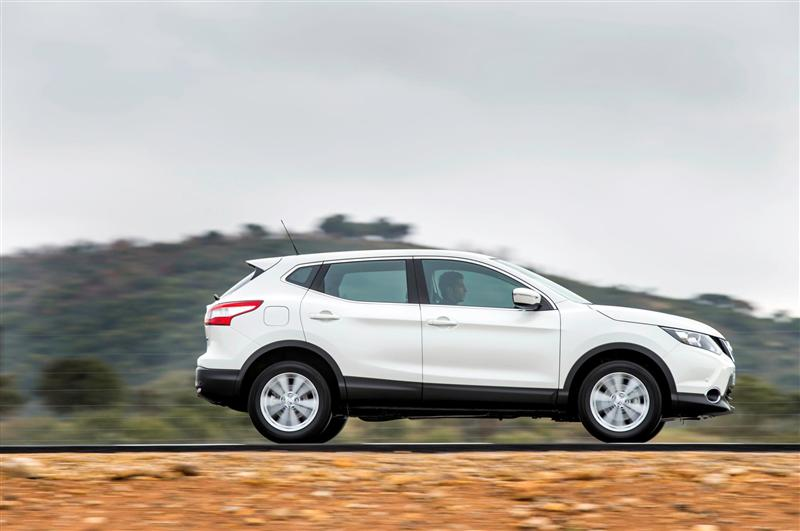 2014 Nissan Qashqai Image. Photo 54 of 128