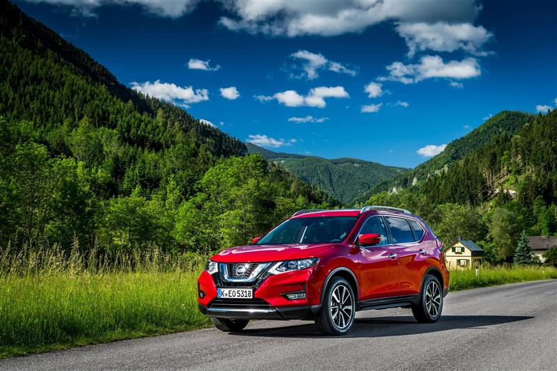 Nissan X-Trail pictures and wallpaper