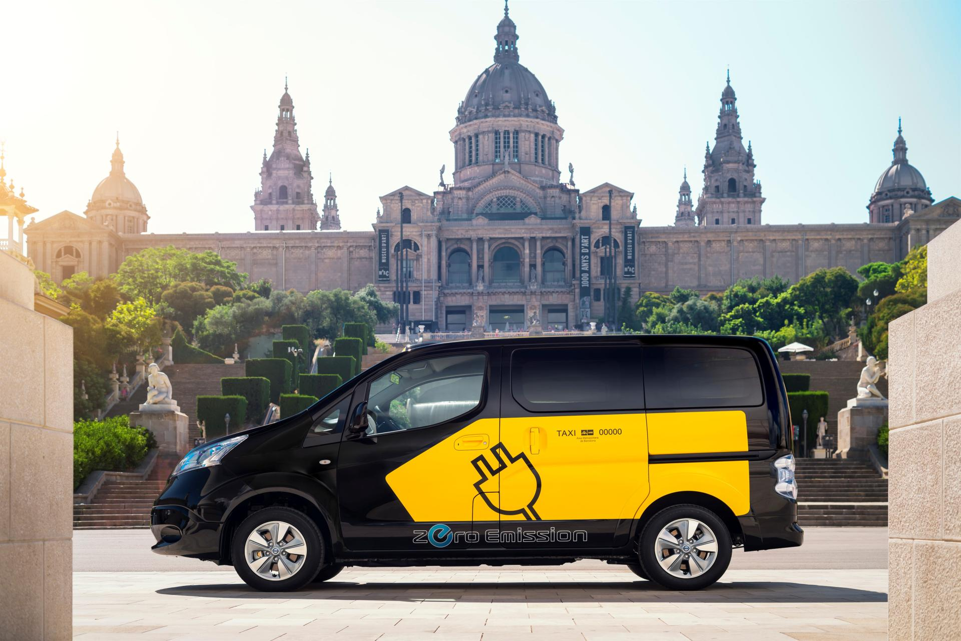 2014 nissan e nv200 electric barcelona taxi technical specifications and data engine - Cab in barcelona ...
