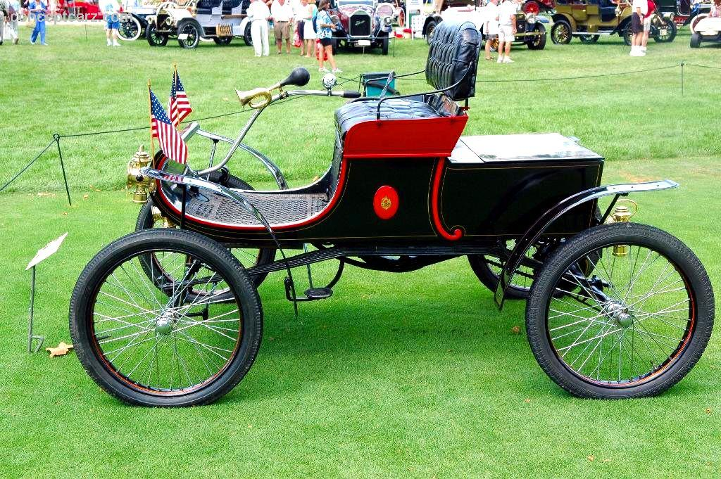 1902 Oldsmobile Model R Curved Dash Runabout Image