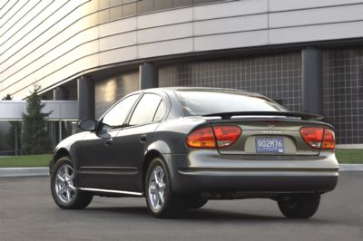 2004 Oldsmobile Alero History Pictures Value Auction