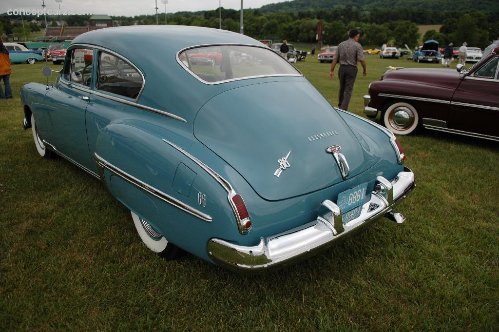 1949 Oldsmobile Rocket 88 Image Https Www Conceptcarz Com Images Oldsmobile 49 Olds 88 Rocket
