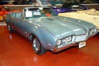 1968 Oldsmobile Cutlass image.