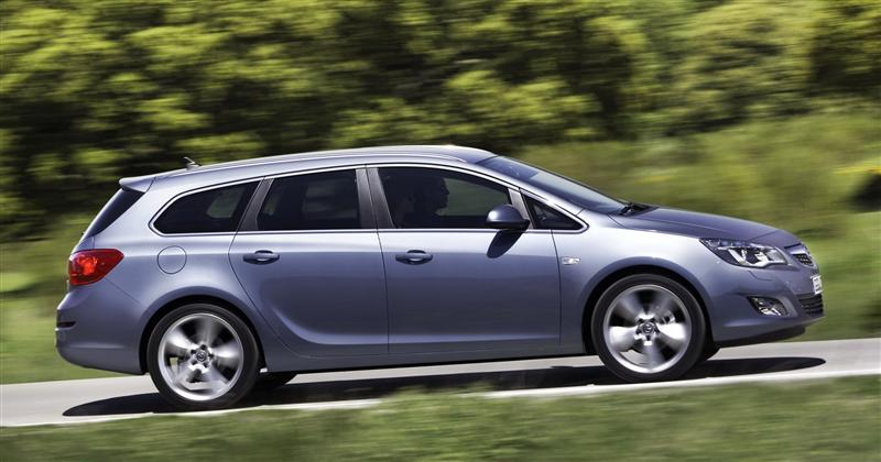 2011 Opel Astra Sports Tourer News And Information
