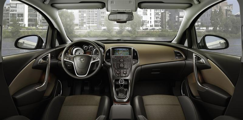 2011 Opel Astra Sports Tourer Image Photo 2 Of 12