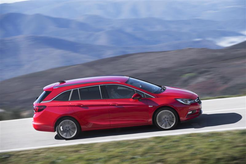 2016 Opel Astra Sports Tourer News and Information