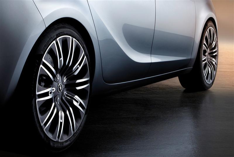 2011 Opel Zafira Tourer Concept Image Photo 24 Of 27