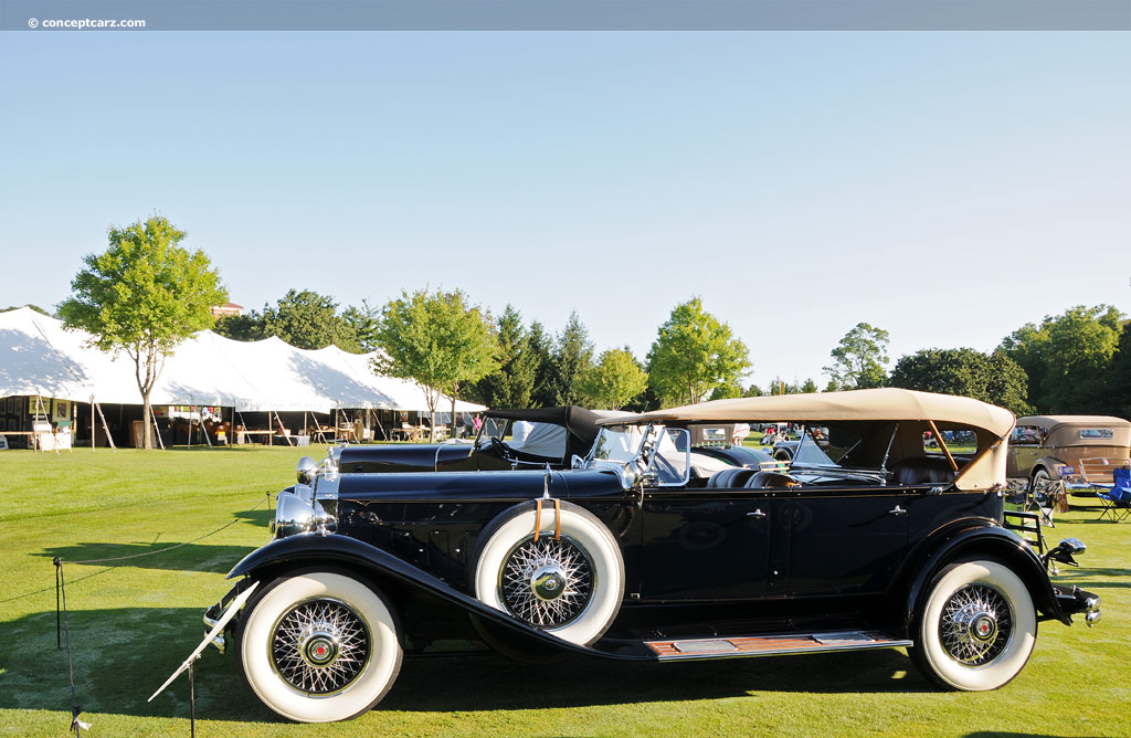 1930 Packard 745 Deluxe Eight Image
