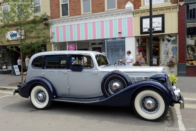 1936 Packard 1400 Eight