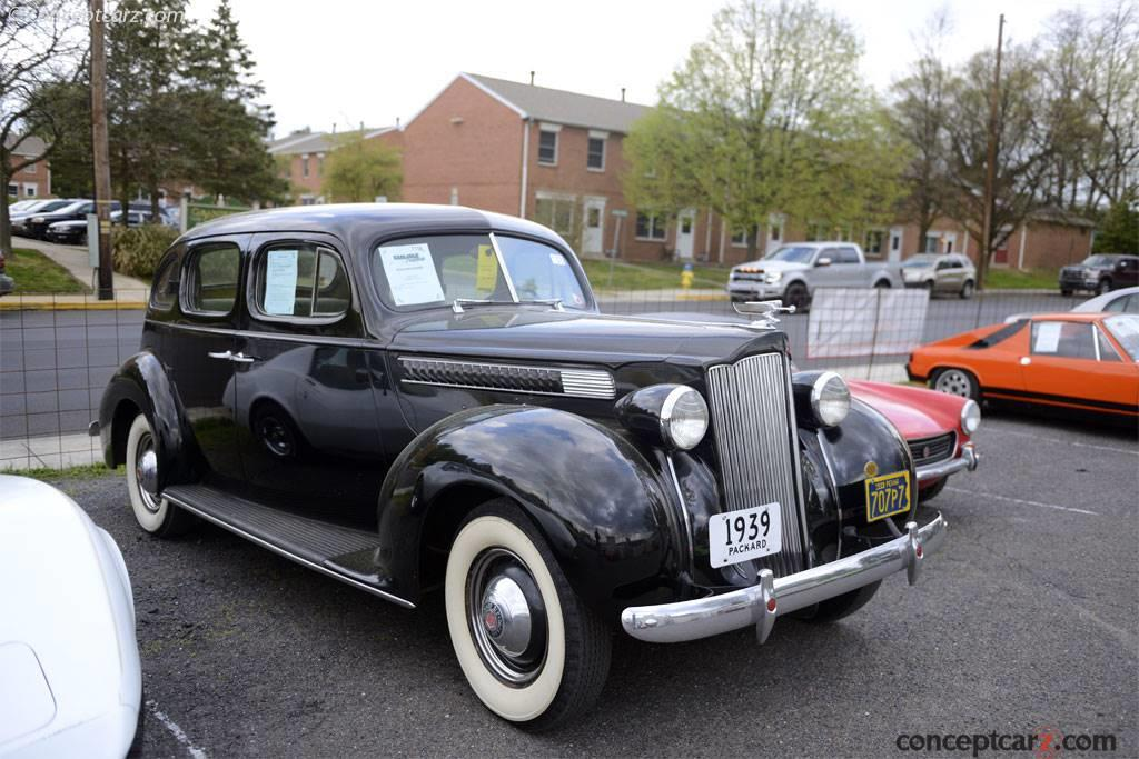 1939 Packard 1700 Six