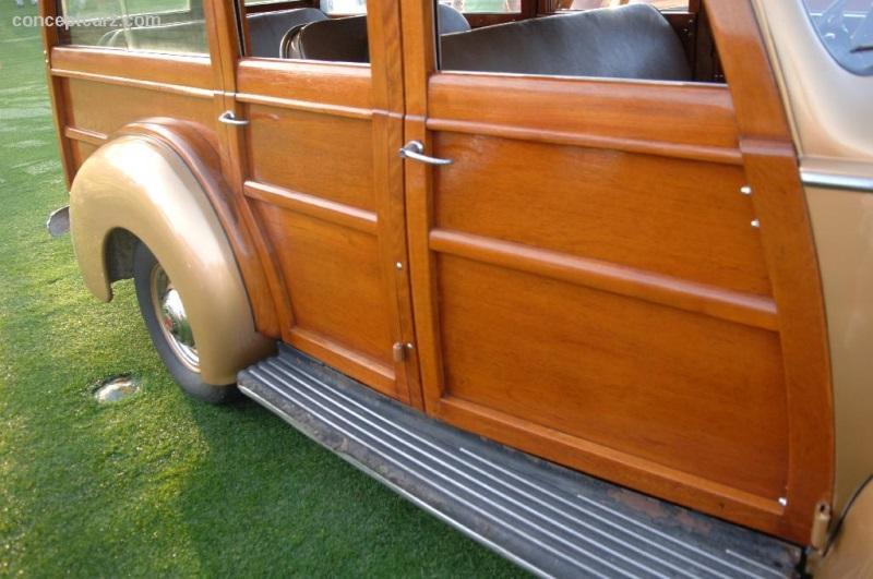 1941 Packard 110 Series 1900
