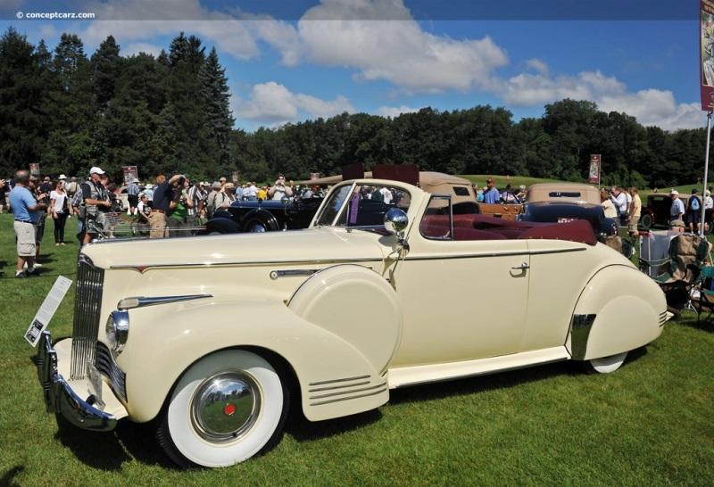 1942 Packard Clipper Eight