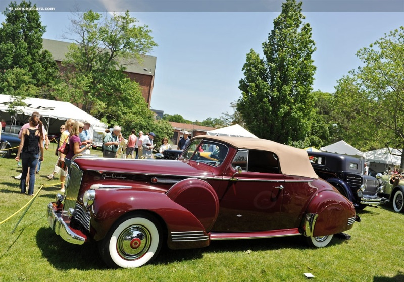 1942 Packard Super 8 One Sixty Image