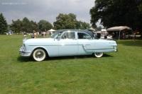 1954 Packard Cavalier Series 5402 image.