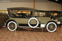 1915 Pierce Arrow Model 48 image.