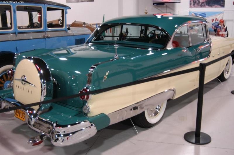 1955 Pontiac Star Chief