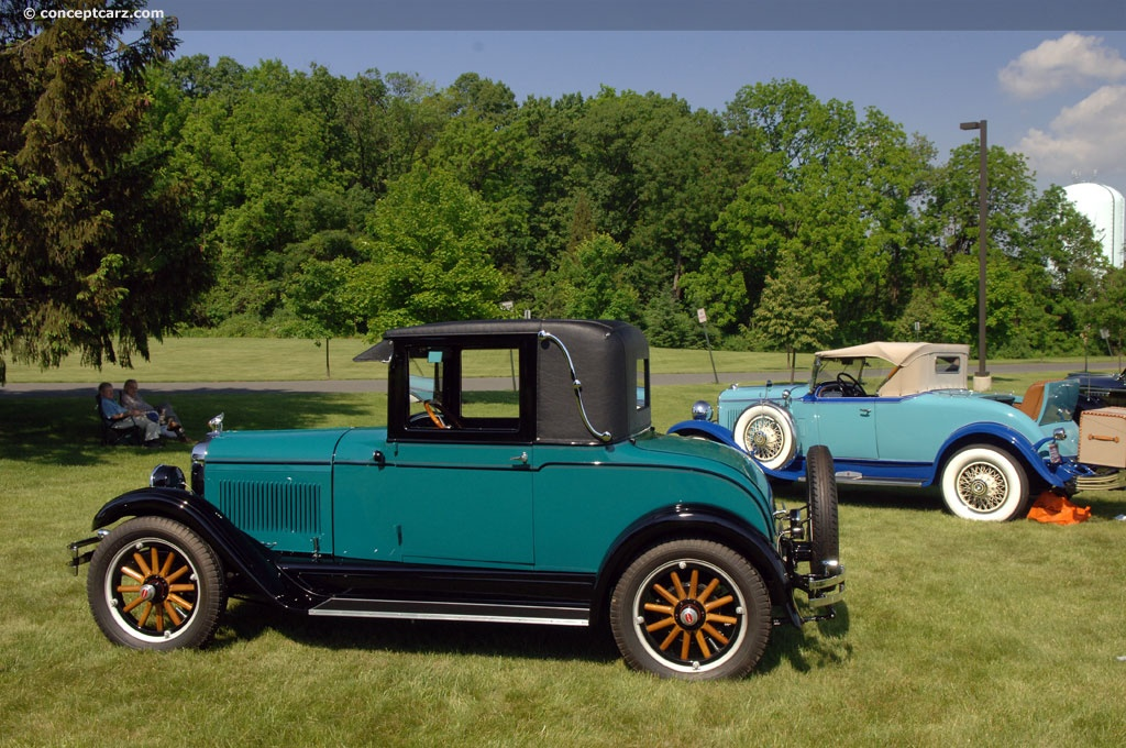 1926 pontiac series 6 27 at the 19th annual concours d 39 elegance of the eastern united states. Black Bedroom Furniture Sets. Home Design Ideas