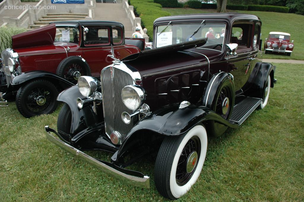 1932 Pontiac 302 | conceptcarz.com