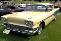 1958 Pontiac Chieftain Series 25 image.