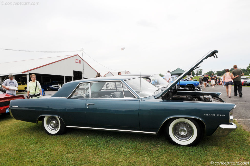1963 Pontiac Grand Prix History, Pictures, Sales Value, Research and ...