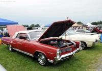 1964 Pontiac Bonneville image.