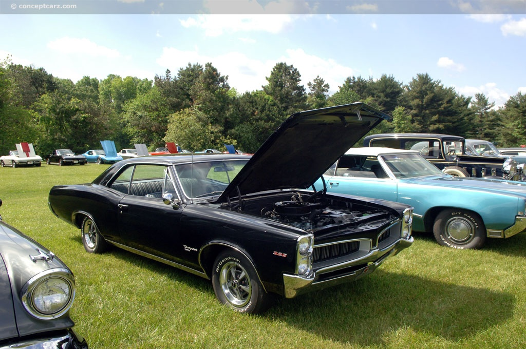 1967 Pontiac Tempest LeMans technical and mechanical specifications