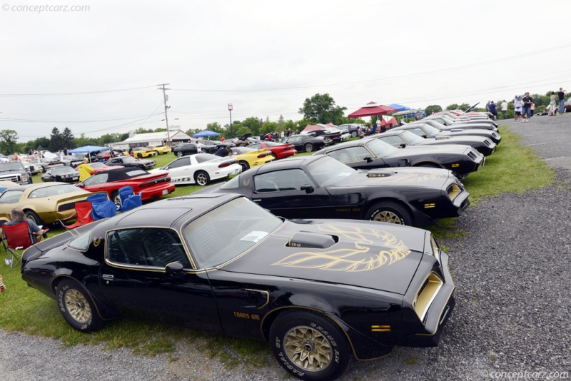 Pontiac Firebird pictures and wallpaper