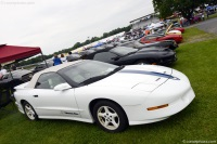 1994 Pontiac Firebird image.