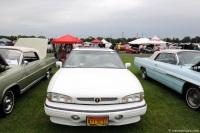 1994 Pontiac Bonneville image.
