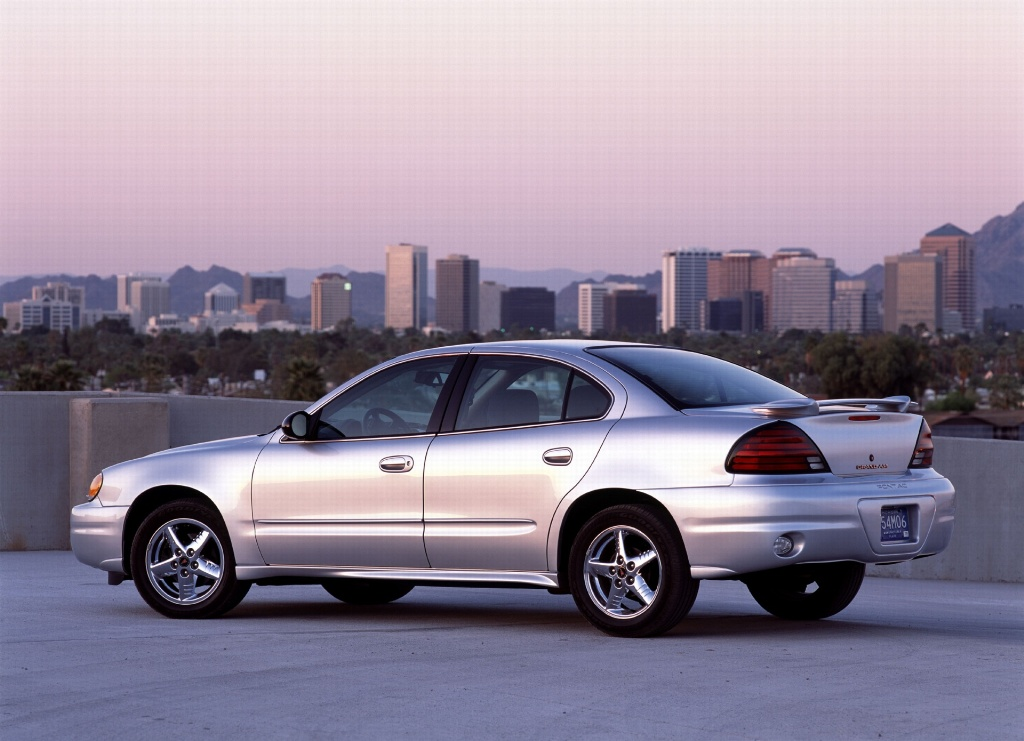 auction results and sales data for 2004 pontiac grand am. Black Bedroom Furniture Sets. Home Design Ideas