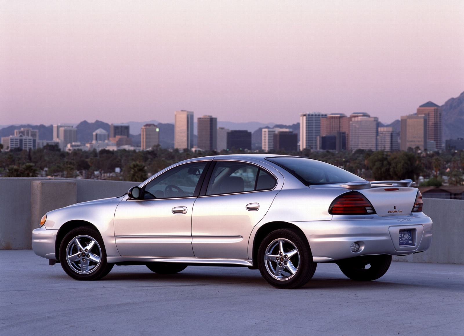 2004 Pontiac Grand Am History, Pictures, Value, Auction Sales, Research and  News
