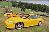 2004 Porsche 911 GT3 image.