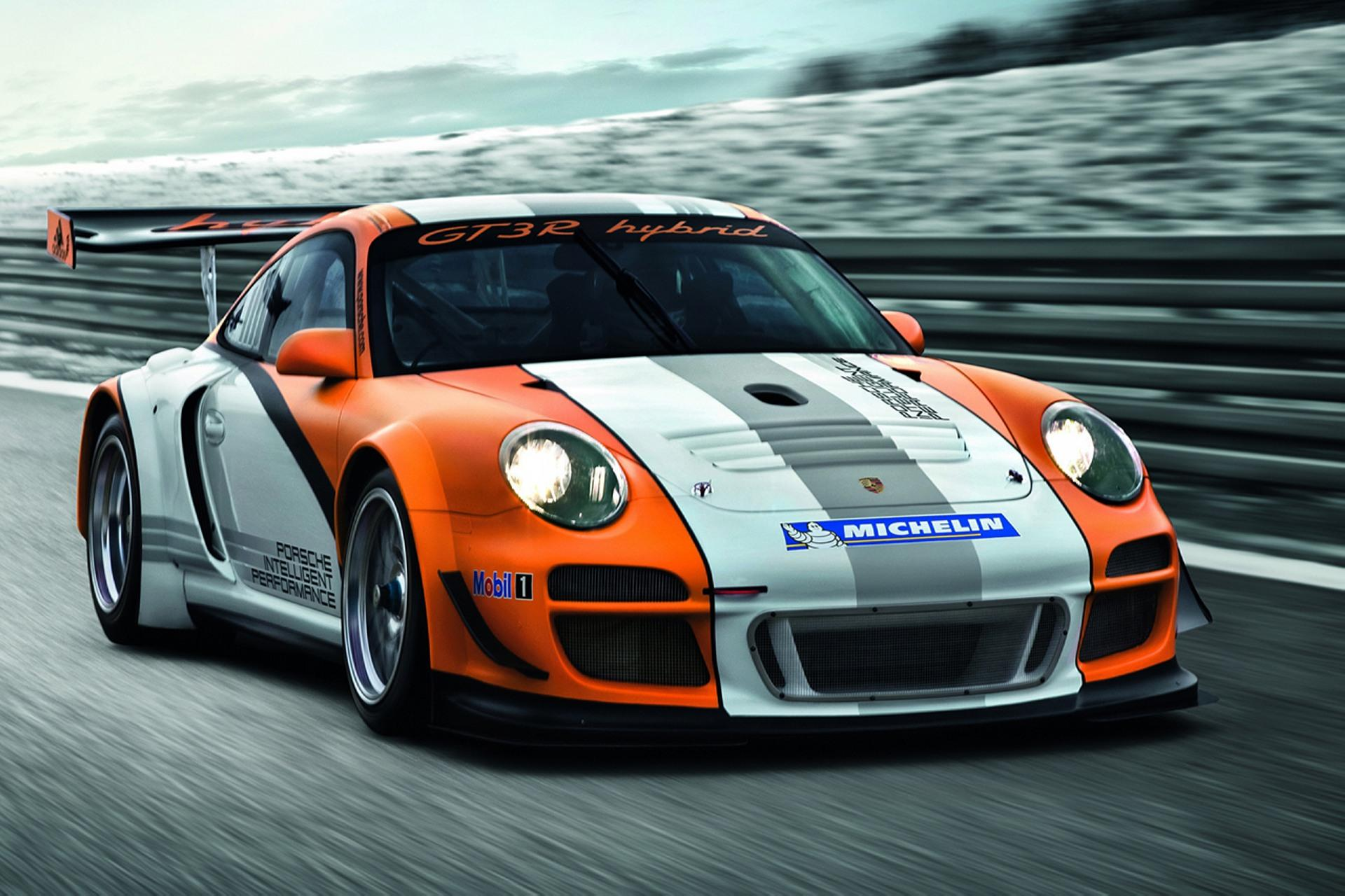 2010 Porsche 911 GT3 R Hybrid News and Information