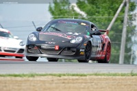 2010 Porsche Cayman image.