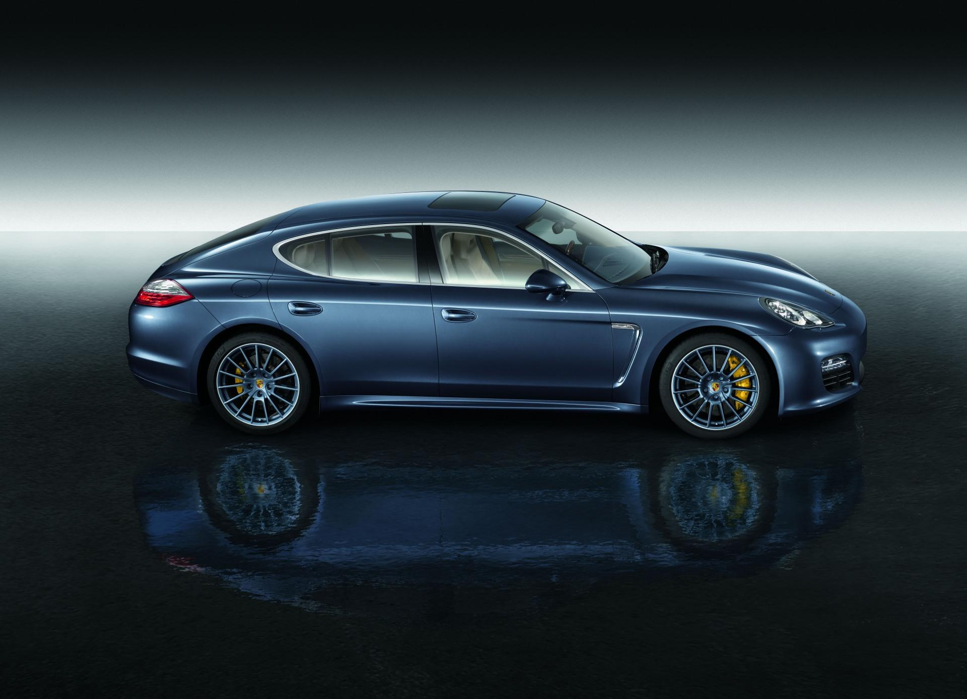 2011 Porsche Panamera Personalization Program News And Information