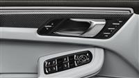 2018 Porsche Macan thumbnail image