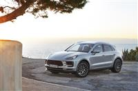 Popular 2019 Porsche Macan S Wallpaper