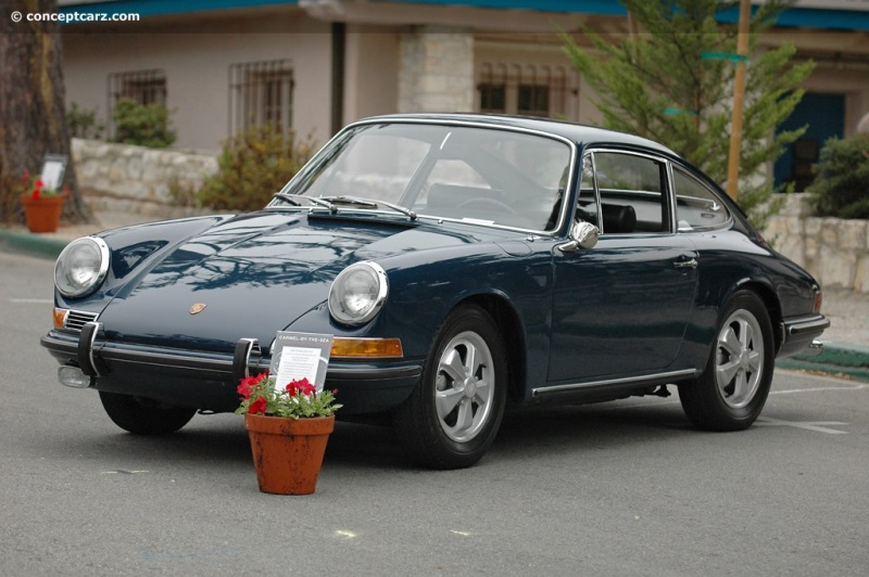 1967 porsche 911s at the carmel by the sea concours on the avenue. Black Bedroom Furniture Sets. Home Design Ideas