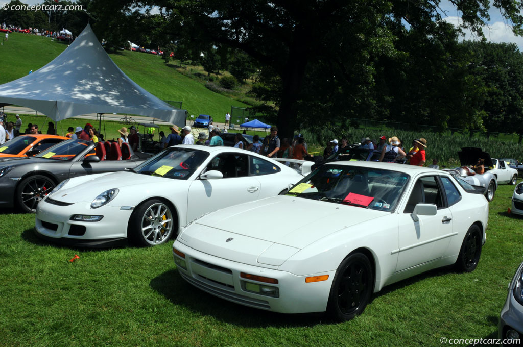 1989 porsche 944 turbo at the pittsburgh vintage grand prix. Black Bedroom Furniture Sets. Home Design Ideas