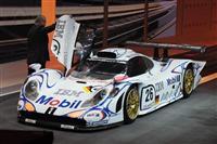 1997 Porsche 911 GT1 image.